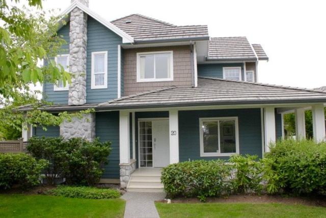 3363 Rosemary Heights Crescent #20, Surrey, BC V3S 0X8 (#R2279715) :: TeamW Realty
