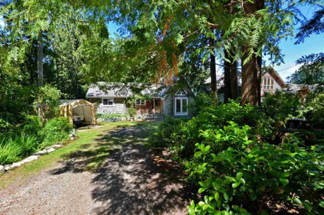 7922 Redrooffs Road, Halfmoon Bay, BC V0N 1Y1 (#R2279877) :: RE/MAX Oceanview Realty