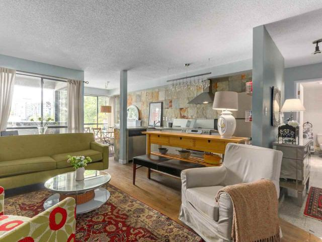 1363 Clyde Avenue #202, West Vancouver, BC V7T 2W9 (#R2281880) :: Re/Max Select Realty
