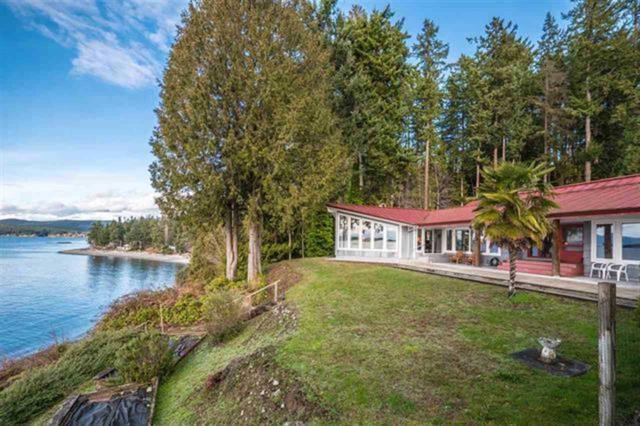 8439 Redrooffs Road, Halfmoon Bay, BC V0N 1Y1 (#R2283091) :: Vancouver Real Estate