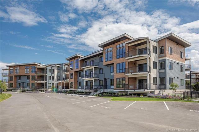 4215 Gellatly Place #1107, No City Value, BC V4T 2K3 (#R2289152) :: West One Real Estate Team