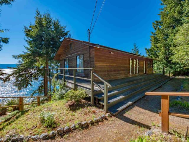 3955 Francis Peninsula Road, Madeira Park, BC V0N 2H1 (#R2289200) :: West One Real Estate Team
