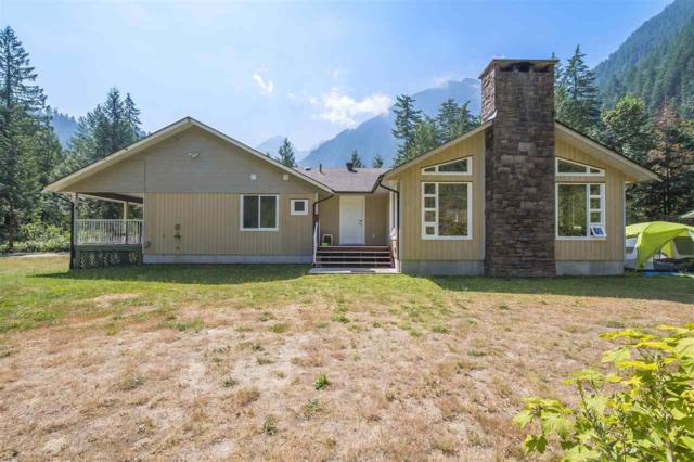 19623 Silver Skagit Road, Hope, BC V0X 1L2 (#R2295906) :: Vancouver House Finders
