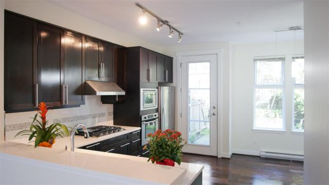 6582 Arbutus Street, Vancouver, BC V6P 5S5 (#R2296306) :: West One Real Estate Team