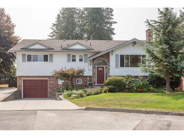 319 Mount Royal Place, Port Moody, BC V3H 1K2 (#R2298047) :: West One Real Estate Team