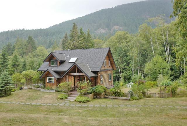 621 Buchanan Road, Bowen Island, BC V0N 1G0 (#R2300345) :: JO Homes | RE/MAX Blueprint Realty