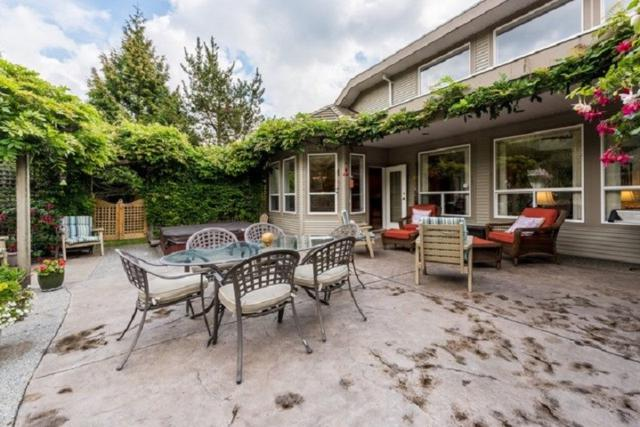 115 Hemlock Drive, Anmore, BC V3H 4W9 (#R2301939) :: West One Real Estate Team