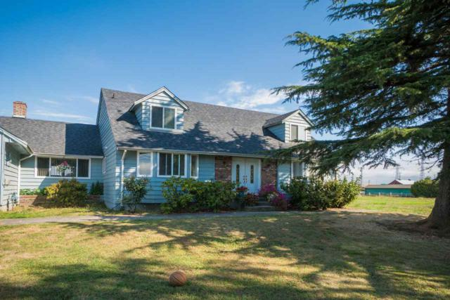 7021 Ladner Trunk Road, Delta, BC V4K 3N3 (#R2303650) :: Vancouver House Finders