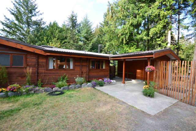 1215 Mcgillvary Avenue, Gabriola Island, BC V0R 1X2 (#R2304068) :: Vancouver House Finders