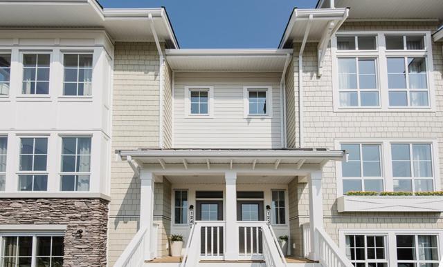 5551 Admiral Way #112, Ladner, BC V0V 0V0 (#R2305058) :: Vancouver House Finders