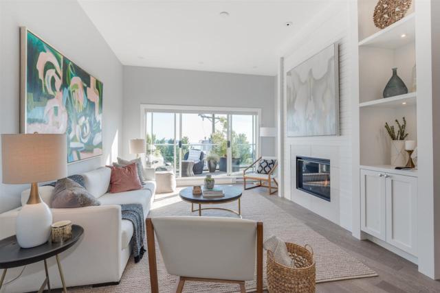 2412 Haywood Avenue #302, West Vancouver, BC V7V 1Y1 (#R2305530) :: JO Homes | RE/MAX Blueprint Realty