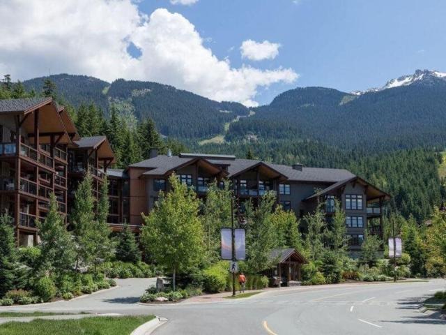 2020 London Lane 309C, Whistler, BC V0N 1B2 (#R2305876) :: Vancouver House Finders