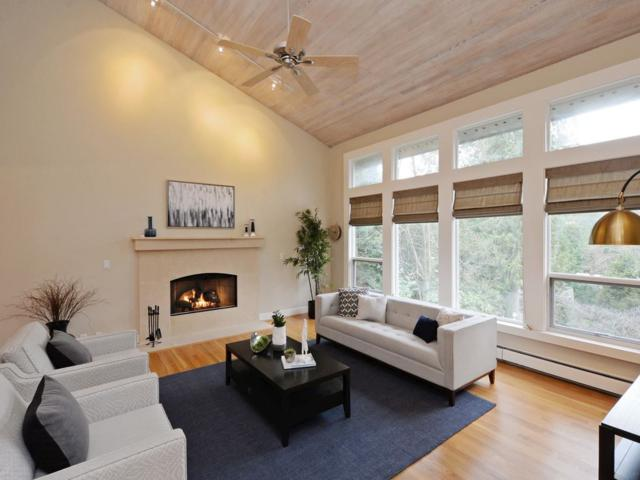 5789 Westport Road, West Vancouver, BC V7W 2X7 (#R2306144) :: West One Real Estate Team