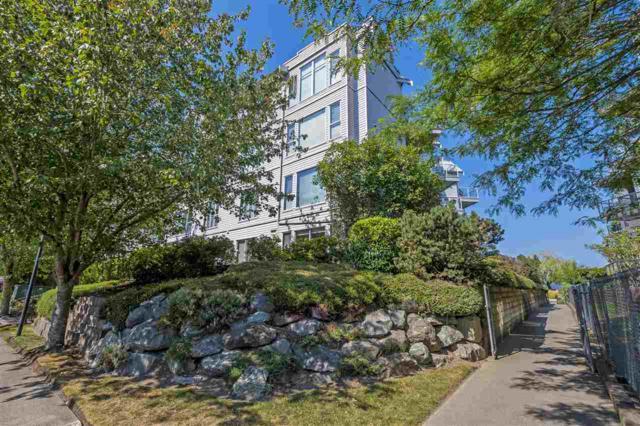 328 Esplanade Avenue #211, Harrison Hot Springs, BC V0M 1K0 (#R2306731) :: Vancouver House Finders