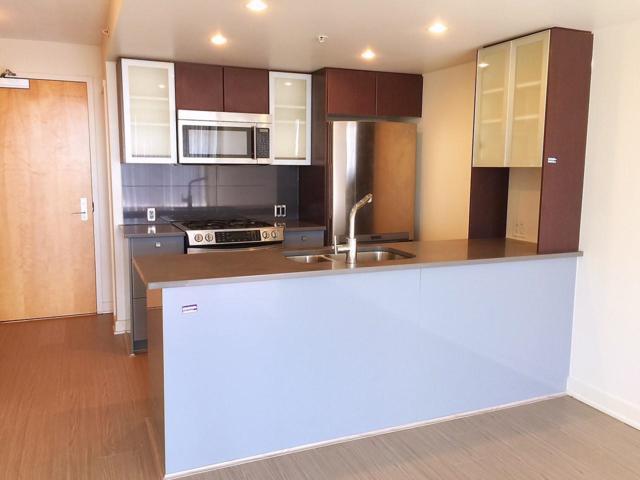 7080 No. 3 Road #1009, Richmond, BC V6Y 2C6 (#R2307401) :: Vancouver House Finders