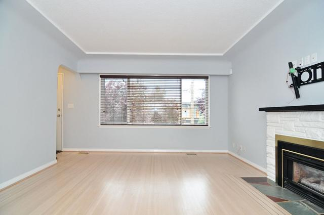 3429 E Georgia Street, Vancouver, BC V5K 2L6 (#R2307416) :: Vancouver House Finders
