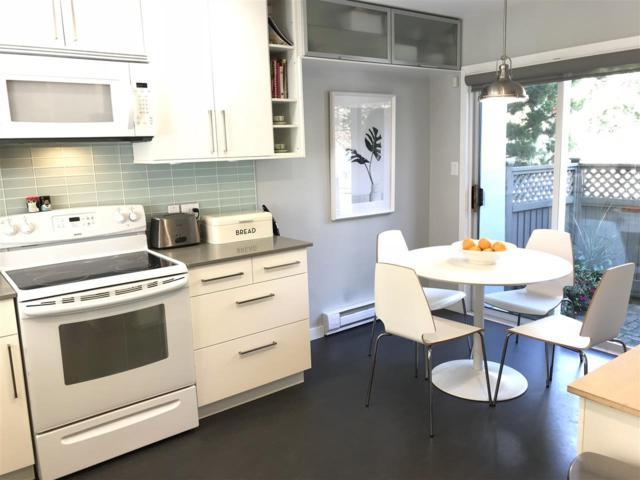 920 Tobruck Avenue #5, North Vancouver, BC V7P 1V8 (#R2307826) :: Vancouver House Finders