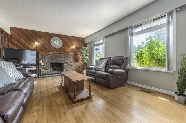 9076 147 Street, Surrey, BC V3R 3V7 (#R2308019) :: Vancouver House Finders