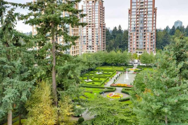 6888 Station Hill Drive #802, Burnaby, BC V3N 4X5 (#R2308226) :: JO Homes | RE/MAX Blueprint Realty