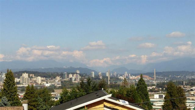 11622 98A Avenue, Surrey, BC V3V 2K9 (#R2308315) :: West One Real Estate Team