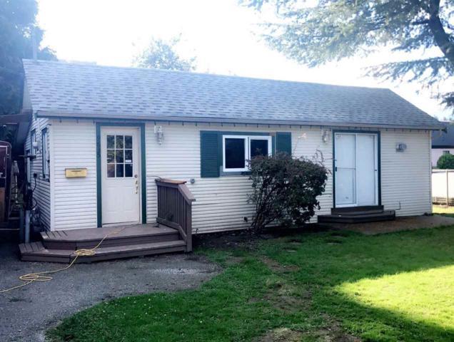 9835 Carleton Street, Chilliwack, BC V2P 6E4 (#R2308388) :: Vancouver House Finders