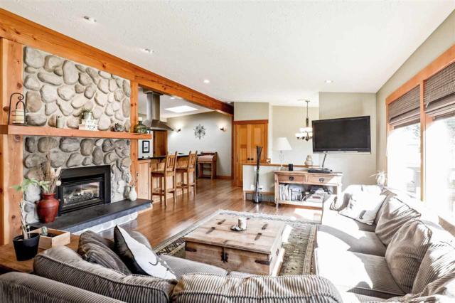 4593 Glenwood Avenue, North Vancouver, BC V7R 4G6 (#R2308624) :: Vancouver House Finders