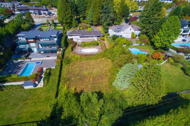 684 Southborough Drive, West Vancouver, BC V7S 1M8 (#R2308947) :: Vancouver House Finders