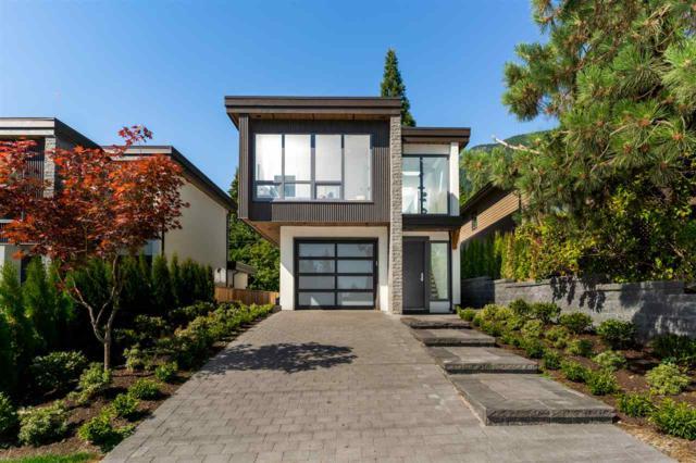 896 Montroyal Boulevard, North Vancouver, BC V7R 3R5 (#R2312384) :: TeamW Realty
