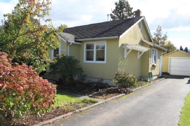46088 King Avenue, Chilliwack, BC V2P 3B5 (#R2313327) :: TeamW Realty