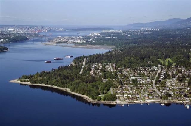 351 Beachview Drive, North Vancouver, BC V7G 1P5 (#R2314262) :: TeamW Realty