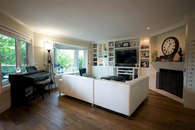 4696 W 10TH Avenue #102, Vancouver, BC V6R 2J5 (#R2321955) :: West One Real Estate Team