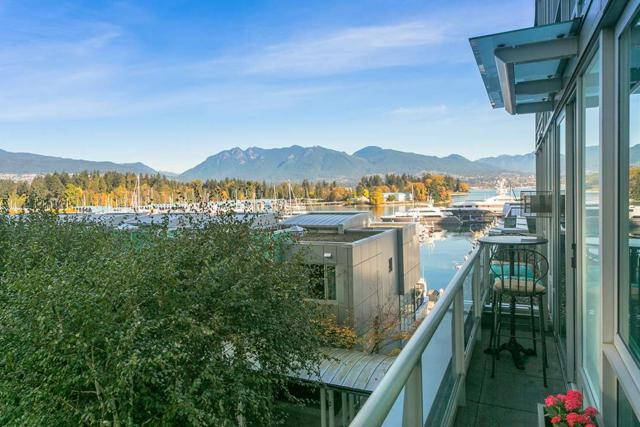 499 Broughton Street #407, Vancouver, BC V6G 3K1 (#R2327678) :: JO Homes | RE/MAX Blueprint Realty