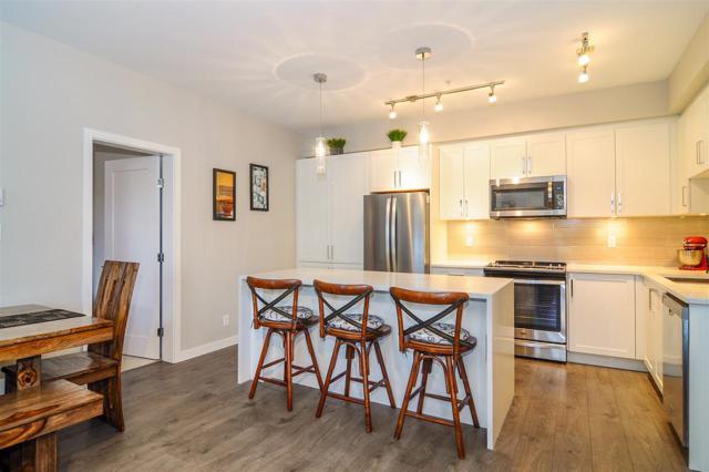 20211 66 Avenue D214, Langley, BC V2Y 0L4 (#R2332640) :: Premiere Property Marketing Team