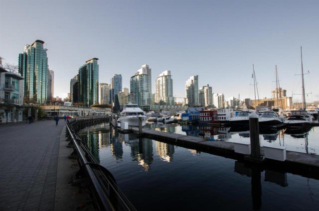 1228 W Hastings Street #2302, Vancouver, BC V6E 4S6 (#R2333085) :: TeamW Realty