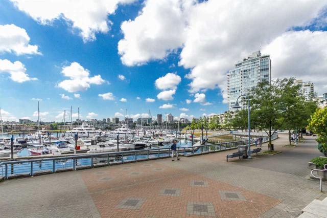 193 Aquarius Mews #3603, Vancouver, BC V6Z 2Z2 (#R2342731) :: Vancouver Real Estate