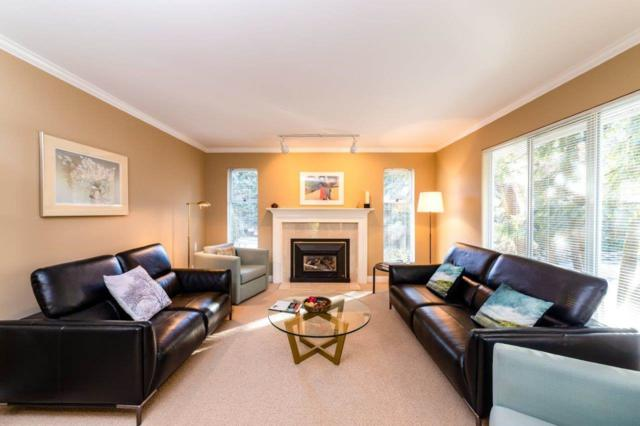 1006 Montroyal Boulevard, North Vancouver, BC V7R 2H2 (#R2345235) :: TeamW Realty