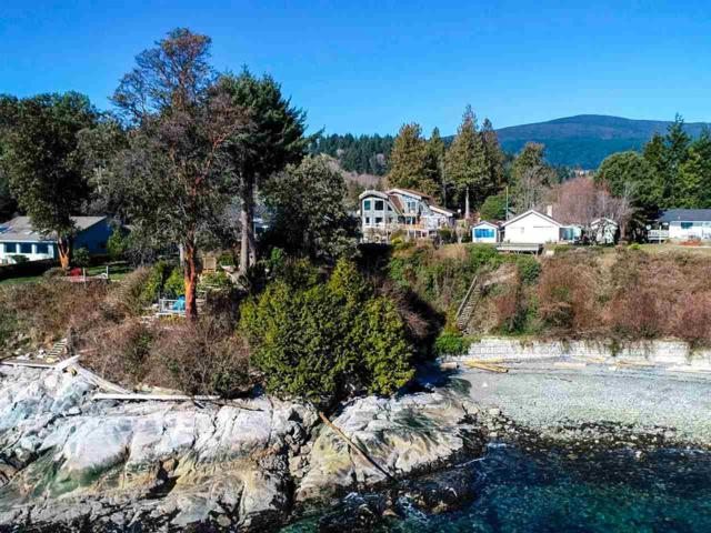 689 Franklin Road, Gibsons, BC V0N 1V8 (#R2345719) :: RE/MAX City Realty