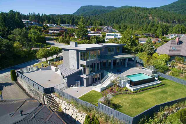4265 Rockbank Place, West Vancouver, BC V7W 1A8 (#R2345798) :: TeamW Realty
