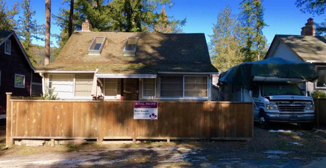 352 Pine Street, Cultus Lake, BC V2R 4Y9 (#R2346285) :: TeamW Realty