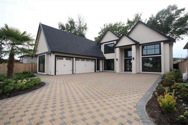 10811 Southdale Road, Richmond, BC V7A 2X1 (#R2347877) :: Vancouver Real Estate