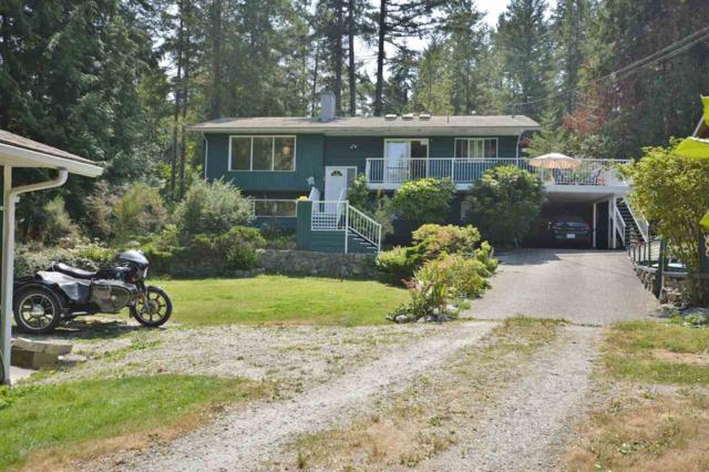 4552 Rondeview Road, Madeira Park, BC V0N 2H1 (#R2349107) :: TeamW Realty