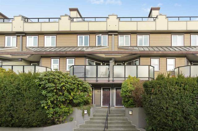 148 W 18TH Street, North Vancouver, BC V7M 1W4 (#R2349111) :: TeamW Realty