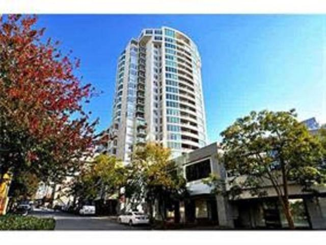 1500 Howe Street #1810, Vancouver, BC V6Z 2N1 (#R2349664) :: TeamW Realty