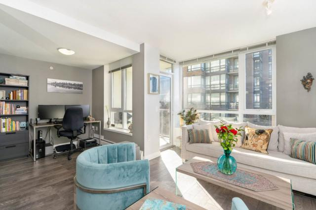 175 W 2ND Street #203, North Vancouver, BC V7M 0A5 (#R2351736) :: TeamW Realty