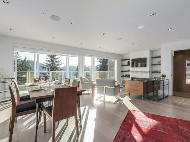 2867 Panorama Drive, North Vancouver, BC V7G 1V7 (#R2358259) :: Vancouver Real Estate
