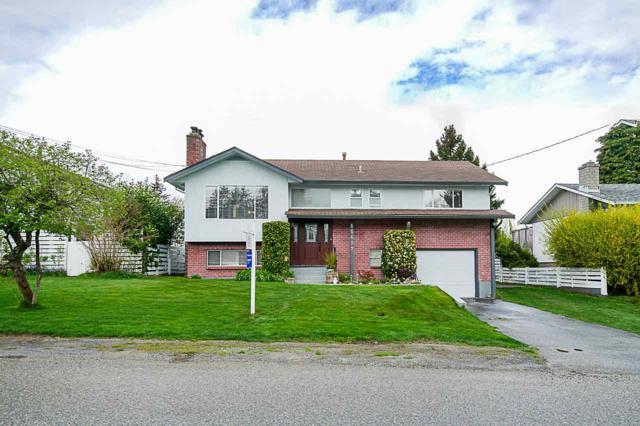 15677 Goggs Avenue, White Rock, BC V4B 2N8 (#R2360275) :: TeamW Realty