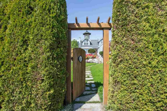 2221 Inglewood Avenue, West Vancouver, BC V7V 1Z7 (#R2364854) :: Vancouver Real Estate