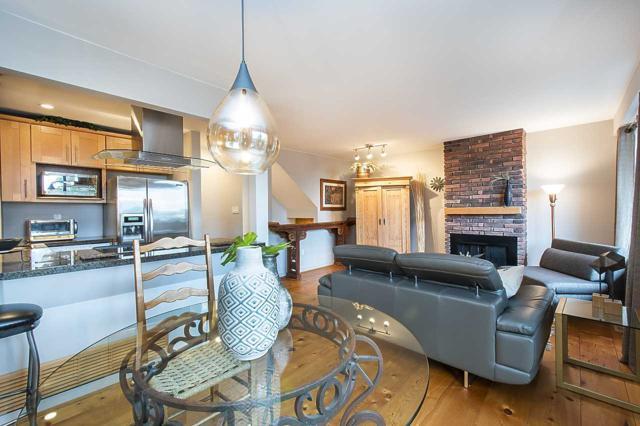 3239 Lonsdale Avenue, North Vancouver, BC V7N 4G8 (#R2366698) :: Vancouver Real Estate