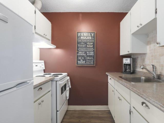 2012 Fullerton Avenue #314, North Vancouver, BC V7P 3E3 (#R2370812) :: Vancouver Real Estate