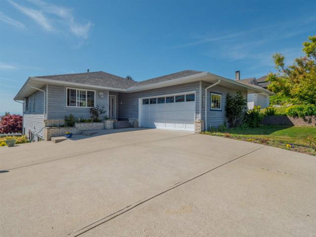 4835 Bluegrouse Drive, Sechelt, BC V0N 3A2 (#R2371182) :: Premiere Property Marketing Team